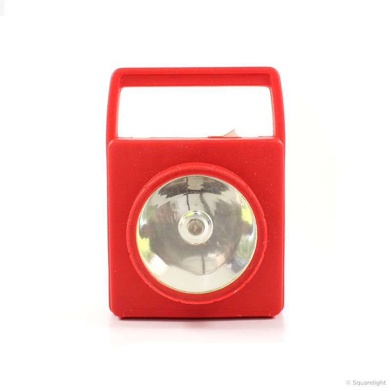 RadioShack_flashlight_red_front