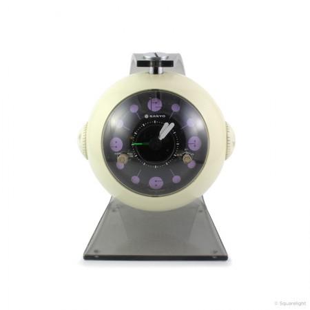 Sanyo_RM1800_white_clock