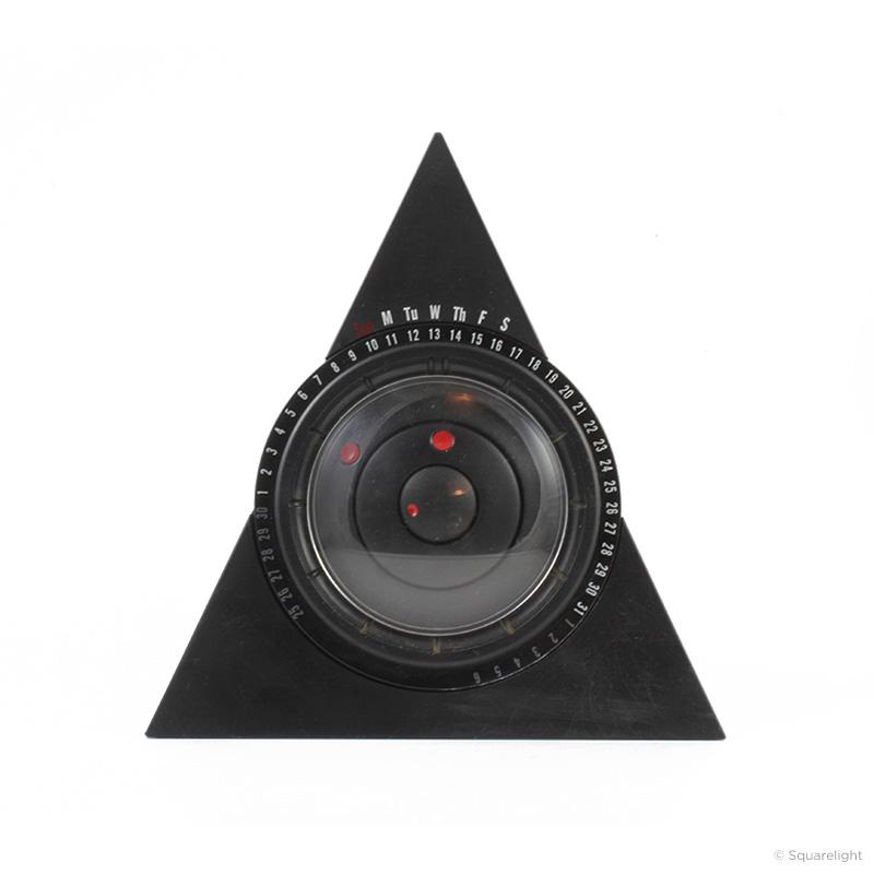 Pyramid-Calendar-Clock